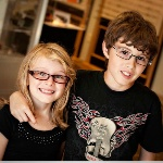 Deti v okuliaroch